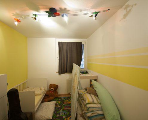 Kinderzimmer, Grüne Wand, Streifen